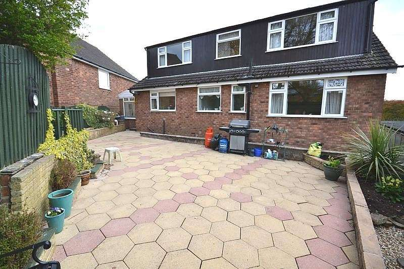 4 Bedrooms Detached House for sale in Eden Drive, Macclesfield