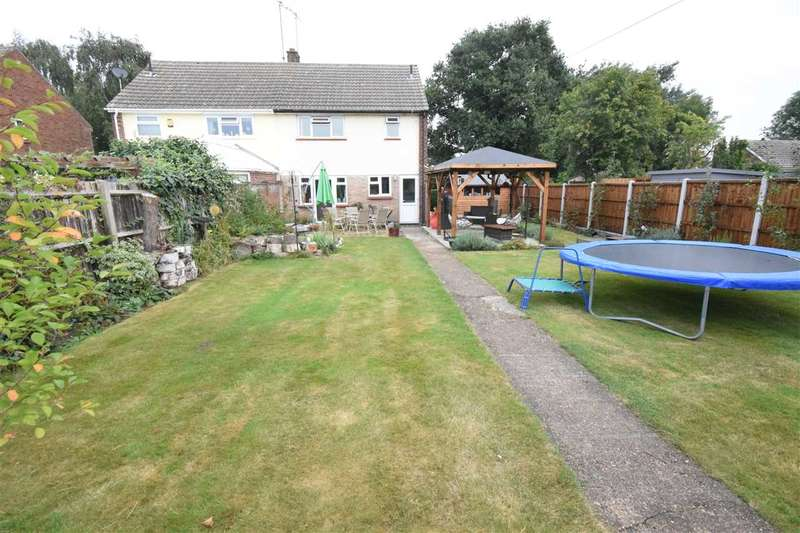 3 Bedrooms House for sale in Mascalls Way, Chelmsford