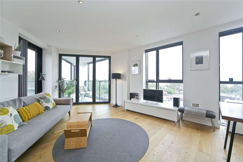 3 Bedrooms Flat for sale in City Mills, Hackney, E8