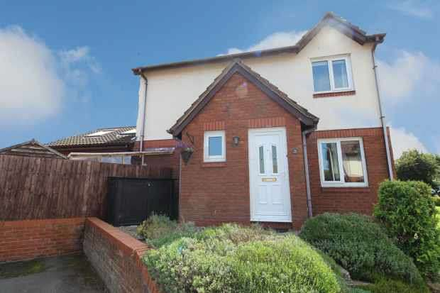 3 Bedrooms Detached House for sale in Sunningdale Way, Neston, Cheshire, CH64 0UY
