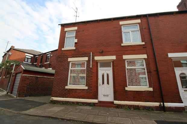 3 Bedrooms Terraced House for sale in Pomona Street, Rochdale, Lancashire, OL11 1PD