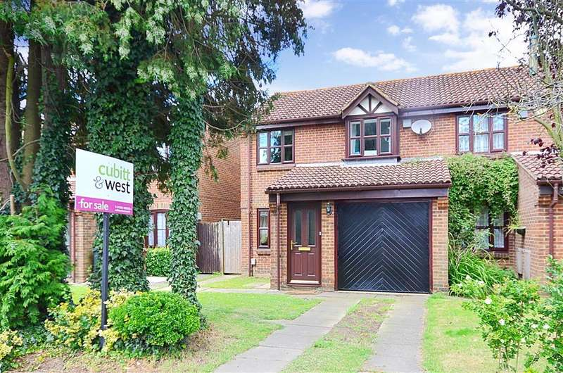 3 Bedrooms Semi Detached House for sale in Grove Road, Horley, Surrey