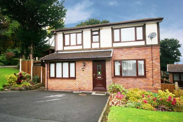 4 Bedrooms Detached House for sale in Ffordd Neuadd, Holywell, Clwyd, CH8 8NT