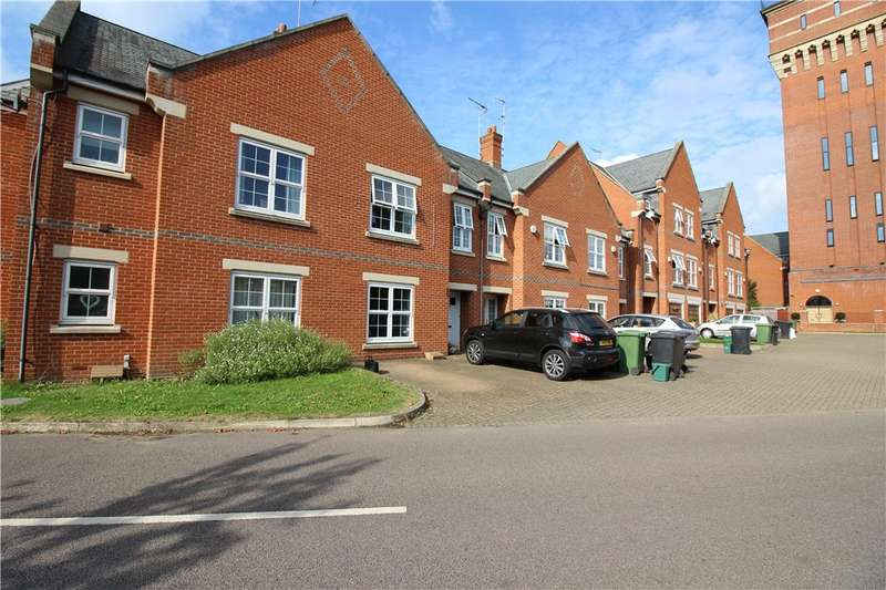 3 Bedrooms Terraced House for sale in Beningfield Drive, London Colney, St. Albans, Hertfordshire, AL2