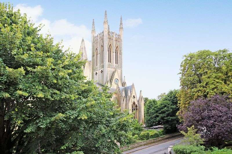 2 Bedrooms Flat for sale in 9 Western Road, Cheltenham