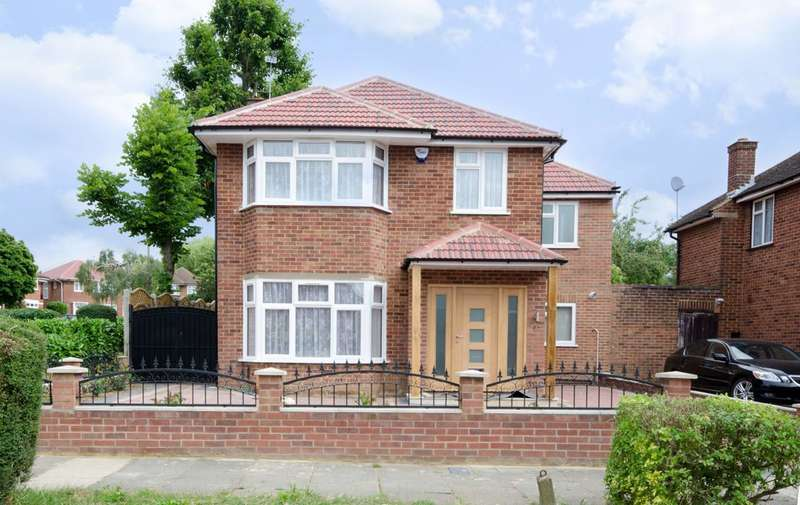 5 Bedrooms Detached House for sale in Cedar Drive, Hatch End, HA5