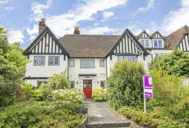5 Bedrooms Semi Detached House for sale in South Stoke Road, Woodcote, Reading, RG8