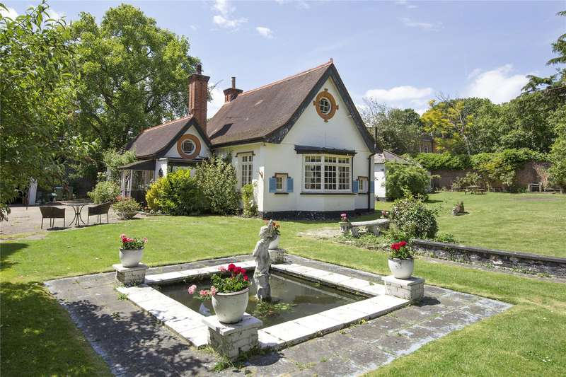 4 Bedrooms Plot Commercial for sale in Claremont Drive, Esher, Surrey, KT10