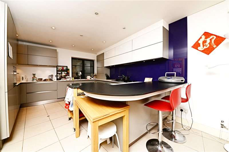 3 Bedrooms House for sale in Endell Street, Covent Garden, London, WC2H