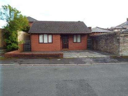 1 Bedroom Bungalow for sale in Fleet Street, Longridge, Preston, Lancashire, PR3