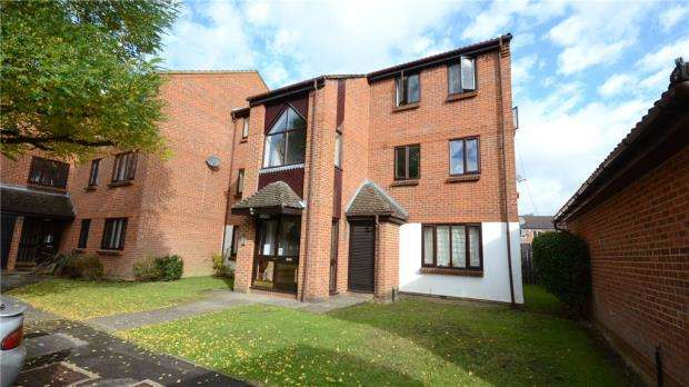 1 Bedroom Apartment Flat for sale in Kilmington Close, Bracknell, Berkshire