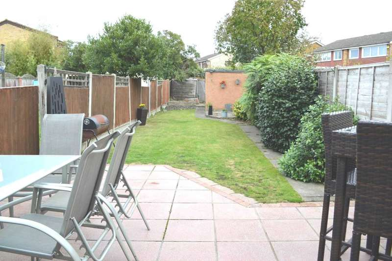 3 Bedrooms House for sale in Findon Gardens, South Hornchurch