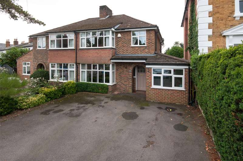 3 Bedrooms Semi Detached House for sale in Warren Road, Reigate, RH2