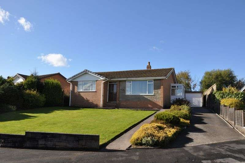 3 Bedrooms Detached Bungalow for sale in Melrose Way, Chorley