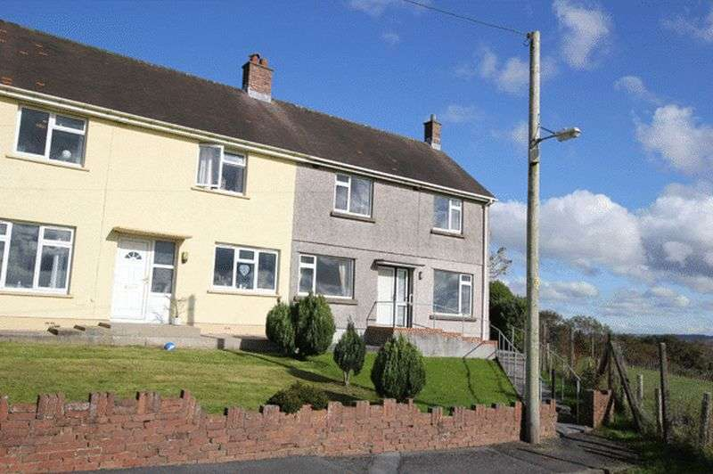 3 Bedrooms Semi Detached House for sale in HAULFRYN, BANCFFOSFELEN, PONTYBEREM
