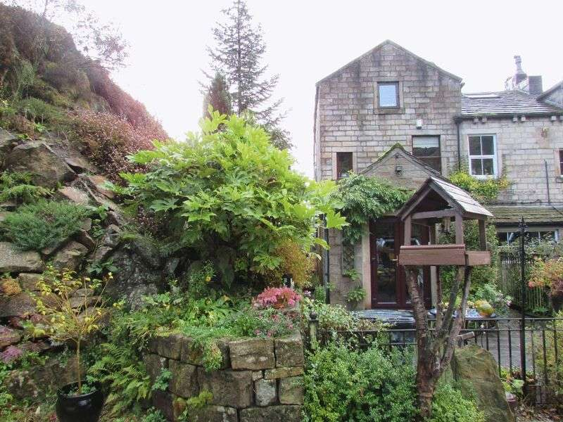 4 Bedrooms Terraced House for sale in Lob Quarry, Todmorden