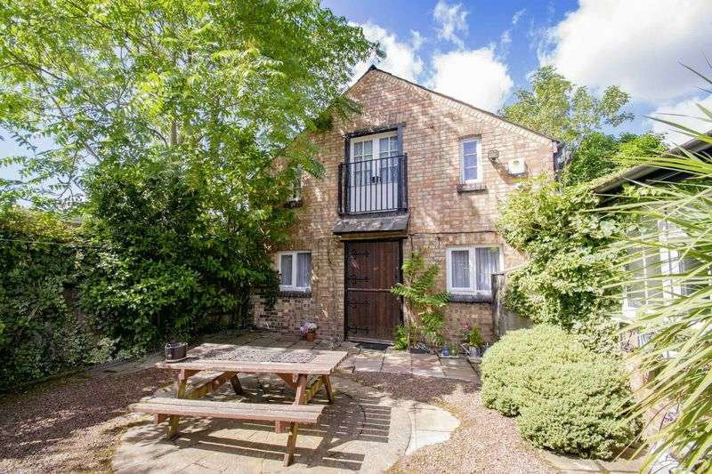 1 Bedroom House for sale in Dunstable Street, Ampthill