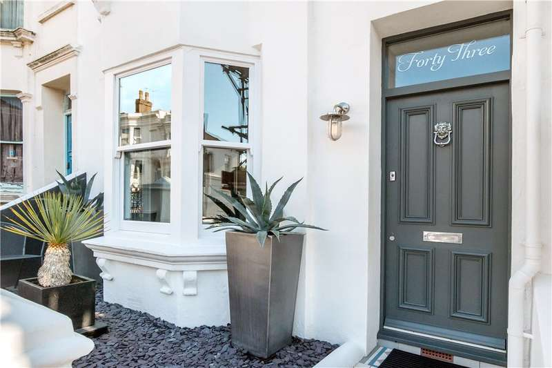 3 Bedrooms Terraced House for sale in Victoria Street, Brighton, East Sussex, BN1