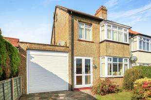 3 Bedrooms House for sale in Livingstone Road, Caterham, Surrey, .
