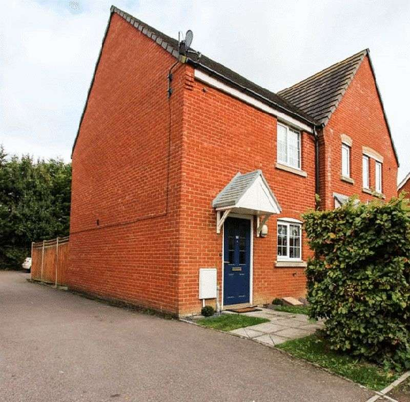 2 Bedrooms Semi Detached House for sale in Gadwall Way, Soham