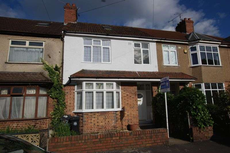 4 Bedrooms Terraced House for sale in Ashgrove Road, Bristol