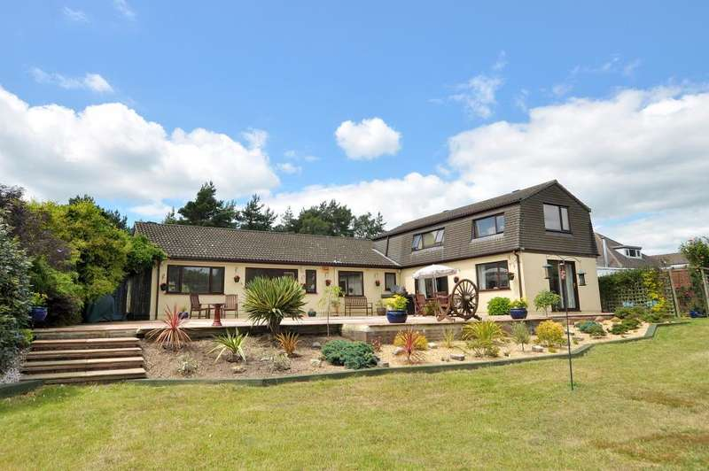 5 Bedrooms Detached Bungalow for sale in West Parley