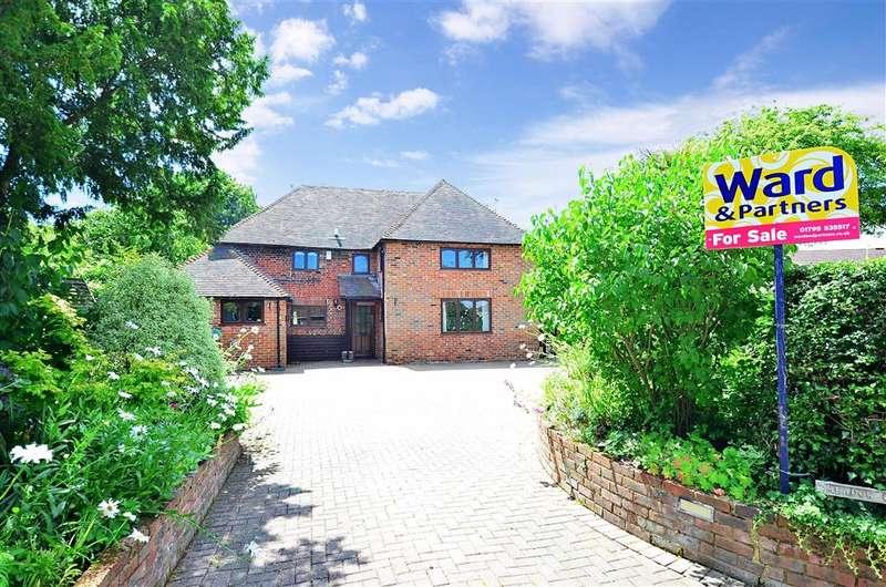 3 Bedrooms Detached House for sale in Berkeley Close, Dunkirk, Faversham, Kent