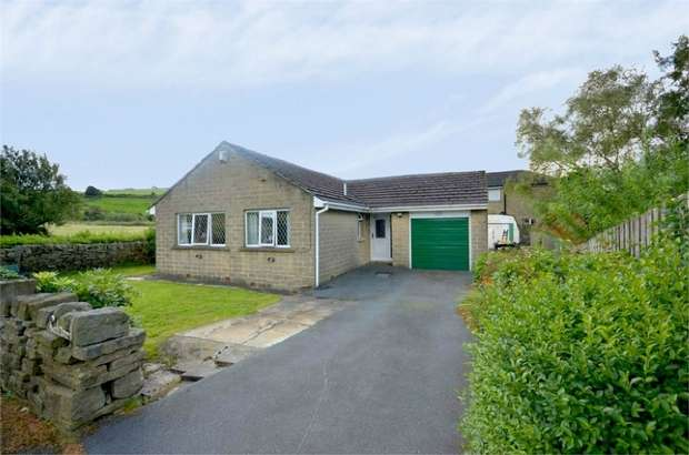 2 Bedrooms Detached Bungalow for sale in Cinderhills Road, HOLMFIRTH, West Yorkshire