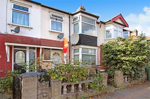 4 Bedrooms Terraced House for sale in Bridge End, Walthamstow, London