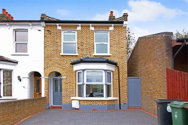 2 Bedrooms Terraced House for sale in Park Road, Leyton, London