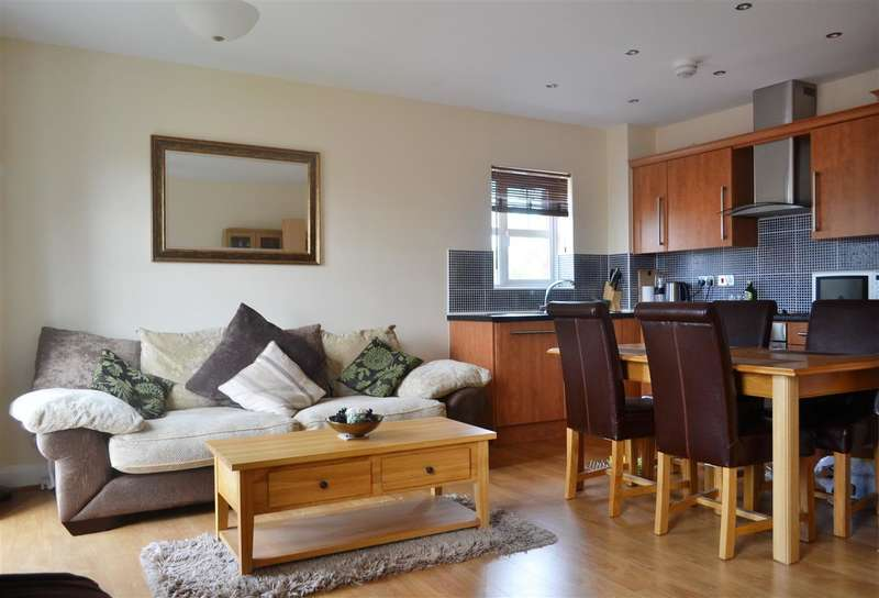 2 Bedrooms Apartment Flat for sale in Junction House, Dale Way, Crewe