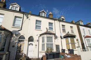 3 Bedrooms Flat for sale in Canterbury Road, Croydon