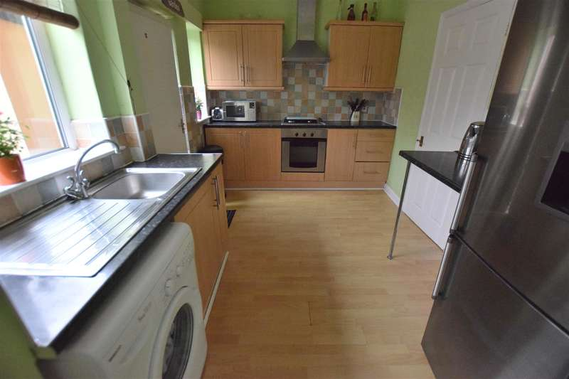 3 Bedrooms House for sale in Derwent Avenue, Heywood
