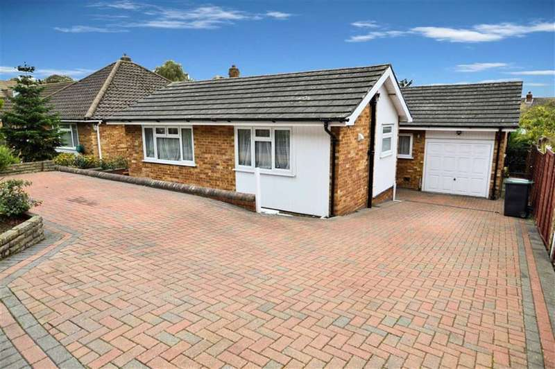 4 Bedrooms Property for sale in Homefield Close, Epping
