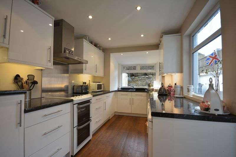 3 Bedrooms Terraced House for sale in Edge End Road, Great Harwood