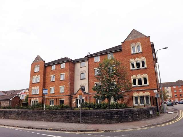 2 Bedrooms Ground Flat for sale in CANTON / PONTCANNA - 2 Bedroom Ground floor Apartment for sale in a great location, close to Cardiff City Centre