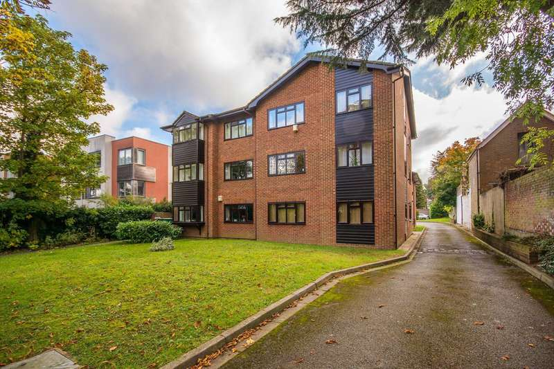1 Bedroom Flat for sale in Pampisford Road, South Croydon, CR2