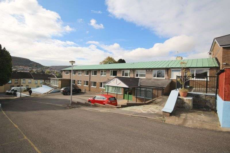 42 Bedrooms Property for sale in 56 Brithweunydd Road, Tonypandy