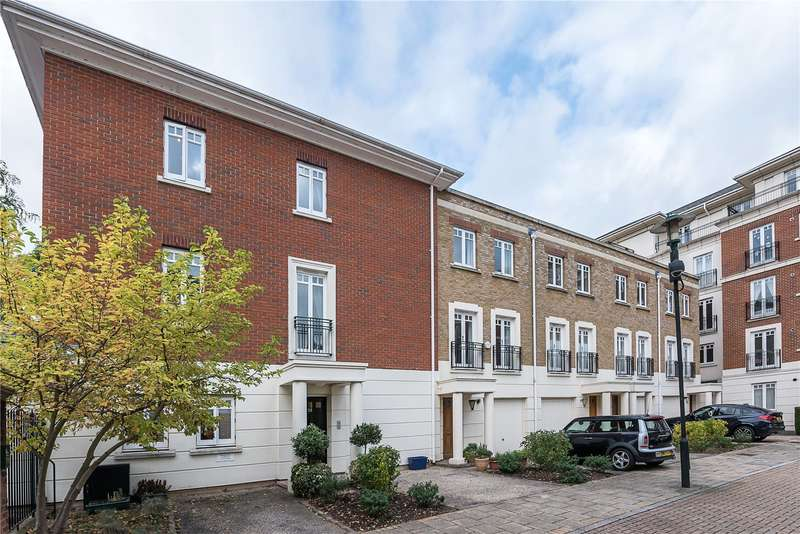 3 Bedrooms Flat for sale in Cambridge Road, East Twickenham, TW1