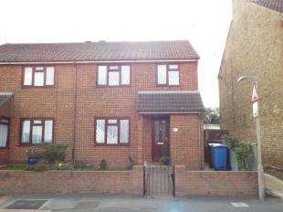 3 Bedrooms End Of Terrace House for sale in The Street, Bapchild, Sittingbourne, Kent