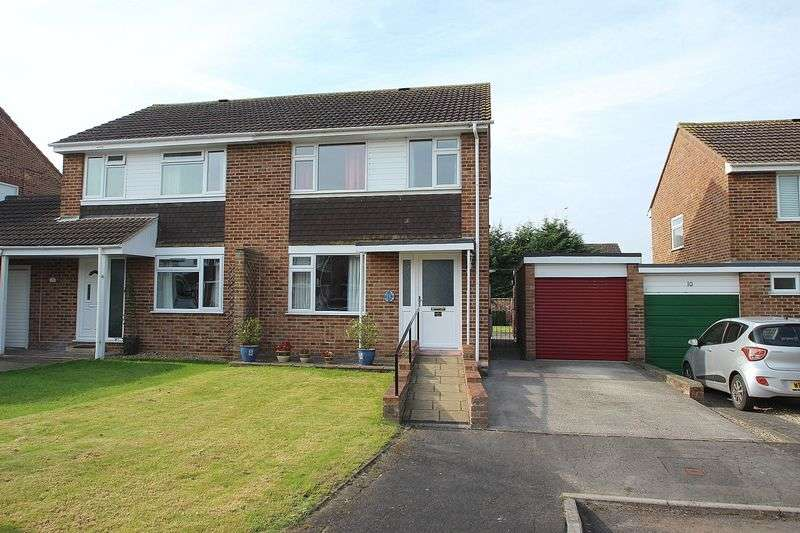3 Bedrooms Semi Detached House for sale in Baily Close, Glastonbury