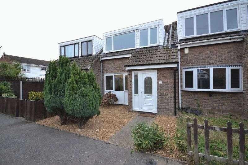 3 Bedrooms Terraced House for sale in 13 Deben, East Tilbury