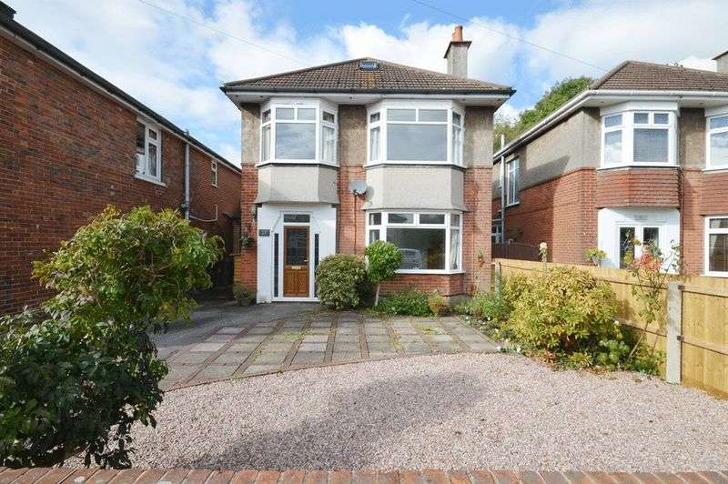 4 Bedrooms Detached House for sale in Redhill Drive, Bournemouth BH10