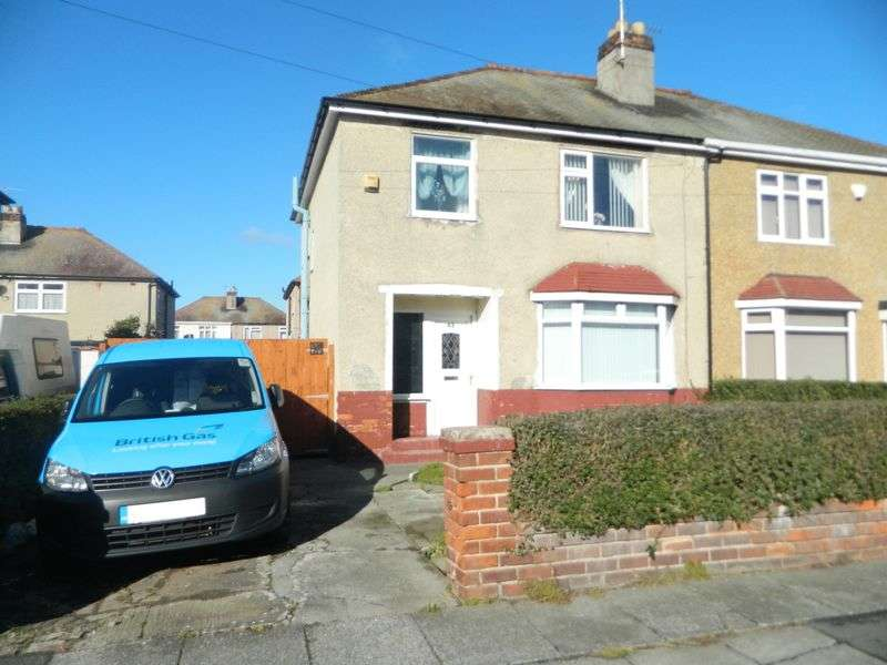 3 Bedrooms Semi Detached House for sale in Oakville Avenue, Rhyl