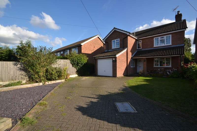 4 Bedrooms Detached House for sale in Chase Road West, Colchester, Essex, CO7