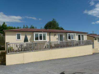 2 Bedrooms Mobile Home for sale in Totnes Road, Paignton, Devon