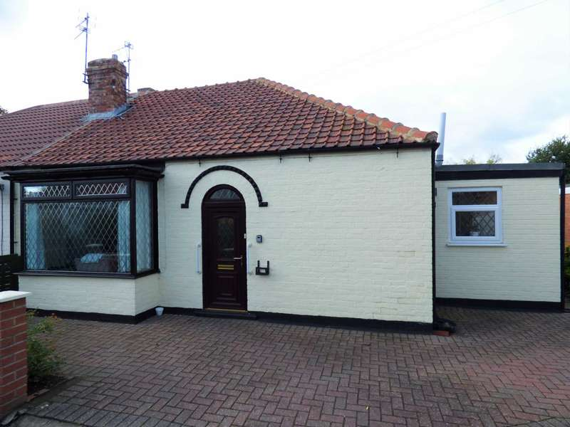 2 Bedrooms Semi Detached Bungalow for sale in ***REDUCED*** St Johns Grove, Redcar