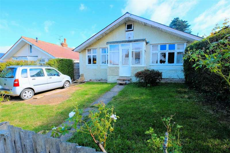 2 Bedrooms Detached Bungalow for sale in St Annes Road, WHITSTABLE, Kent