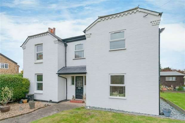 Detached House for sale in 124 High Street, Iver, Buckinghamshire