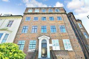 2 Bedrooms Flat for sale in Buckingham Close, Bath Street, Brighton, East Sussex